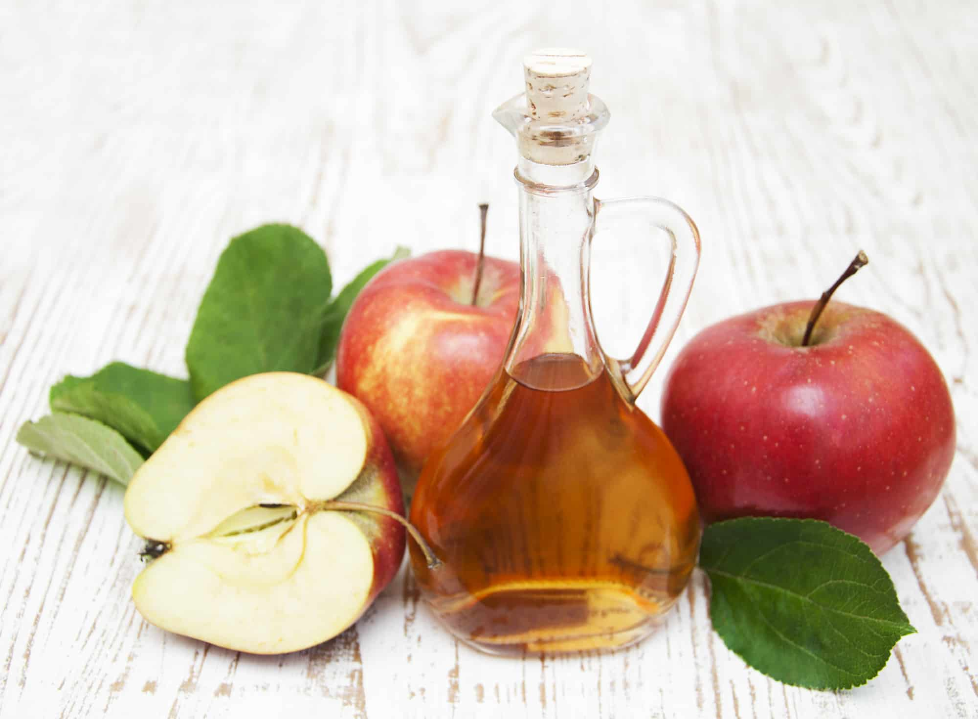 Apple cider vinegar and fresh apple