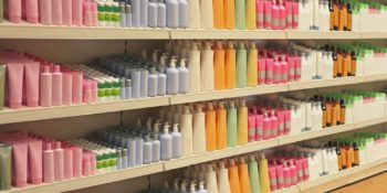 Dangerous Shampoo & Conditioner Chemicals: What Brands to Avoid and Our Must Use List 10
