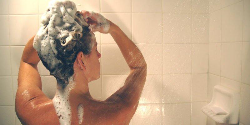 10 Homemade Natural Shampoo Recipes for DIYers 5
