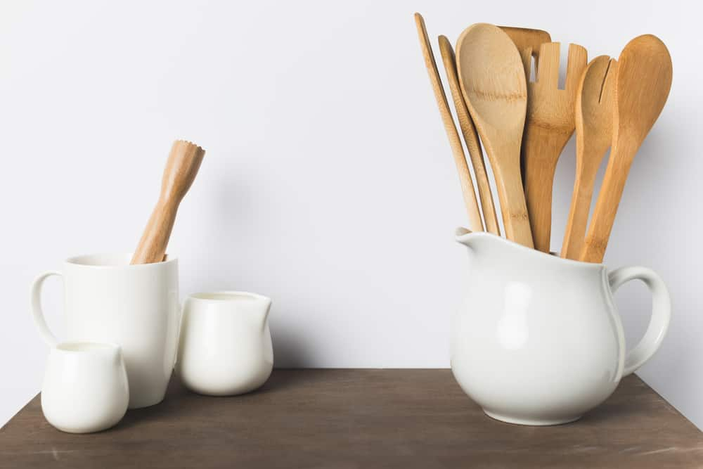 12 reasons to ditch plastic kitchen utensils
