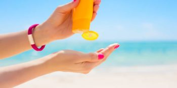 Sunscreen Chemicals Harm Children & Coral Reefs, Except For These Brands 22