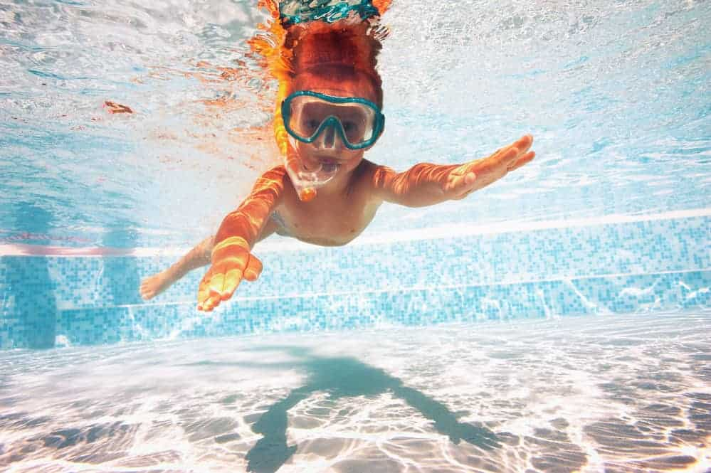 Sunscreen Chemicals Harm Children & Coral Reefs, Except For These Brands 5