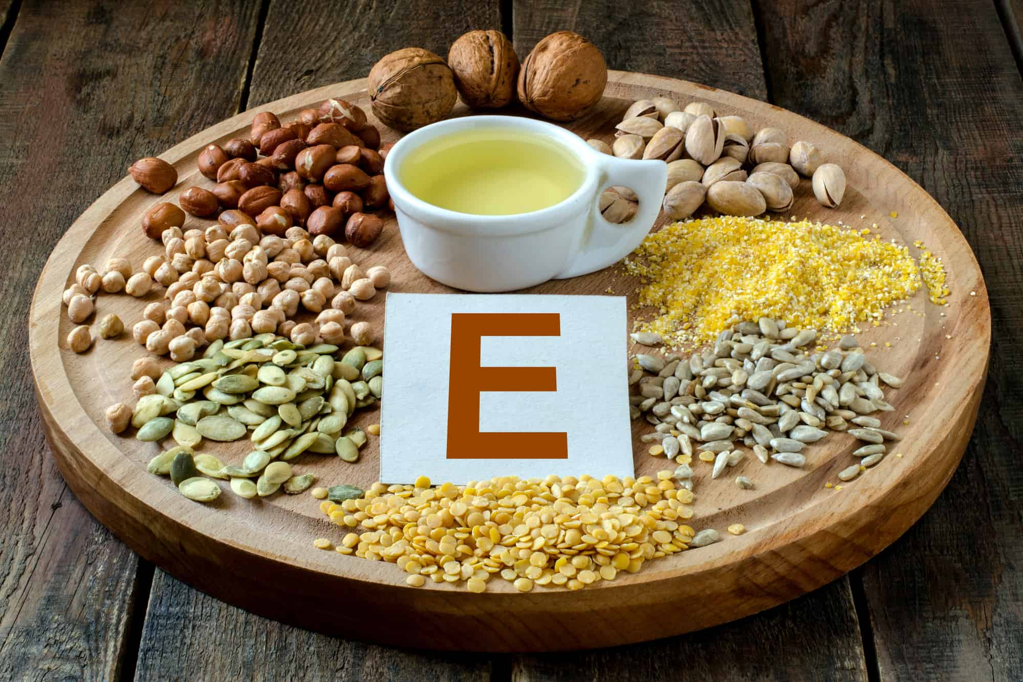 Foods containing vitamin E: oil, peas, lentils, corn, peanuts, pistachios, walnuts, sunflower seeds and pumpkin