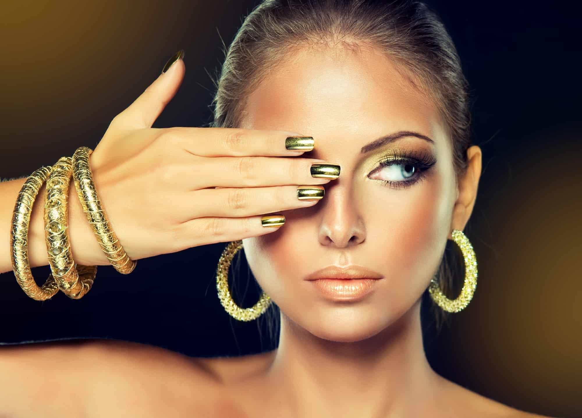 beautiful latina woman wearing non-toxic nail polish